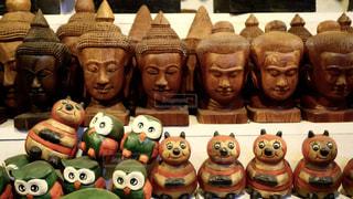 木彫りのお土産の写真・画像素材[133694]