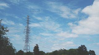 夏の鉄塔の写真・画像素材[466544]