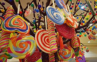 天井からキャンディー!の写真・画像素材[1322718]