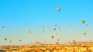 カッパドキア気球群の写真・画像素材[1336071]