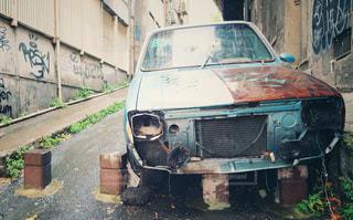 トルコの廃車の写真・画像素材[1342620]