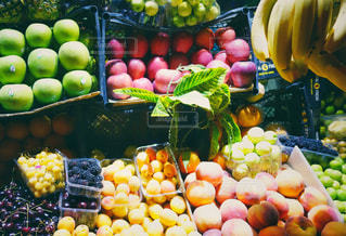 果物たくさんの写真・画像素材[1361599]