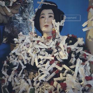 怪しい少年少女博物館の写真・画像素材[1504621]