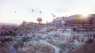 カッパドキアの気球群の写真・画像素材[1845432]