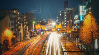夜の交通の写真・画像素材[2858448]
