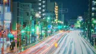 夜の交通の写真・画像素材[2858454]