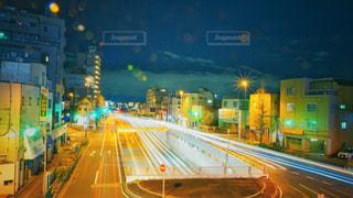 夜の道の写真・画像素材[2858453]