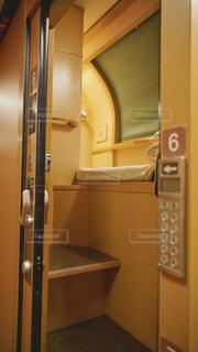 サンライズ瀬戸のシングルルーム入り口の写真・画像素材[3133619]