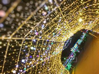 光のトンネルの写真・画像素材[2933834]