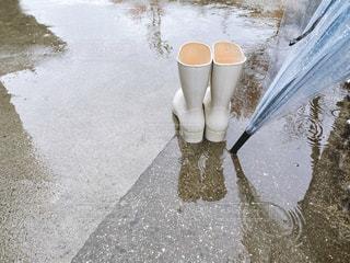 長靴と傘の写真・画像素材[3058321]