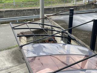 台風により屋根が飛んだカーポートの写真・画像素材[3269905]