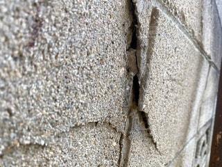 ブロック塀 ひびの写真・画像素材[3452595]