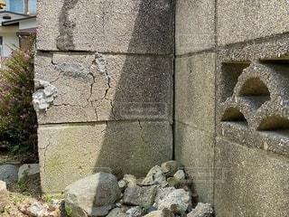 ブロック塀 ひびの写真・画像素材[3452605]
