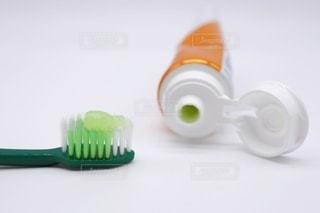 ハブラシと歯磨き粉の写真・画像素材[3537065]