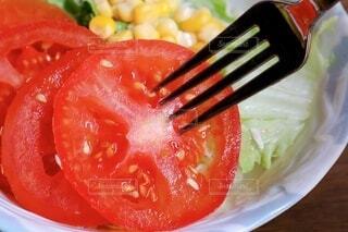 トマトサラダの写真・画像素材[4221430]