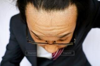おでこの広い日本のビジネスマンの写真・画像素材[4224550]