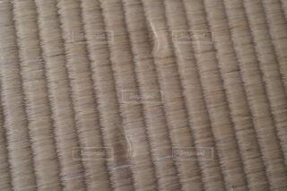 重量物を置いて凹んだ畳の写真・画像素材[4326307]