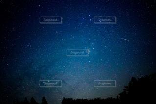 夜空の写真・画像素材[3223331]
