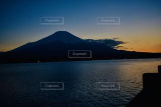 山中湖と富士山の写真・画像素材[3025506]