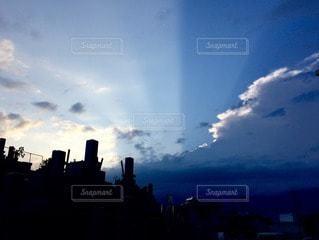 お墓と空の写真・画像素材[116583]