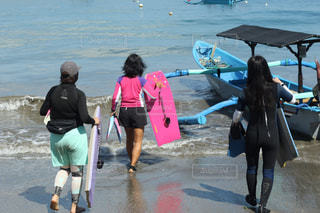 ビーチで人のグループの写真・画像素材[2958265]