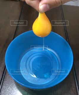 新鮮な卵の写真・画像素材[2870397]
