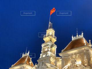 夜空と公会堂の写真・画像素材[2881781]