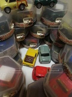 沢山のミニカーの写真・画像素材[3513509]