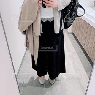 仕事ファッションの女性コーデの写真・画像素材[4302648]