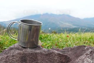 山でコーヒーを1杯の写真・画像素材[2896562]