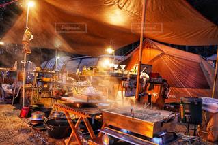 キャンプで料理の写真・画像素材[2899949]