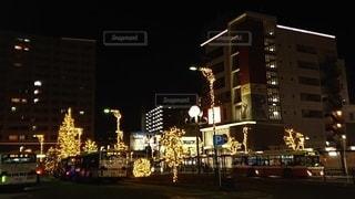 夜の街の眺めの写真・画像素材[2906567]