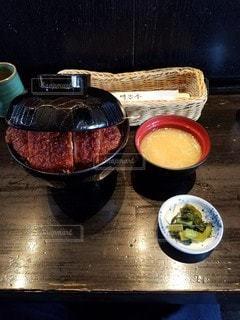 ソースカツ丼の写真・画像素材[3065918]
