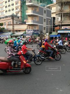 ホーチミン、バイクの写真・画像素材[2916580]
