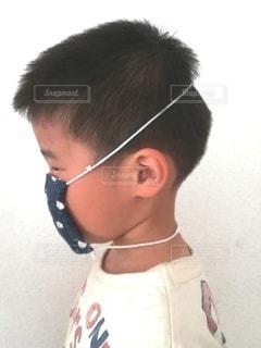 耳が痛くならないマスクの写真・画像素材[3256493]