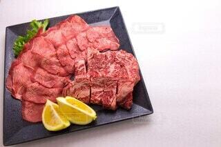 牛肉の盛り合わせの写真・画像素材[3899010]