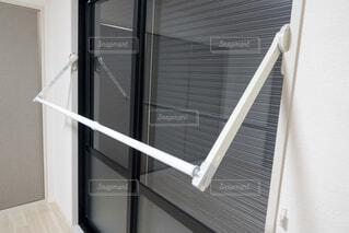 室内置き ビルトイン式物干し竿の写真・画像素材[3920181]