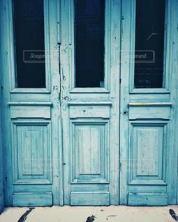 素敵な扉の写真・画像素材[3121223]