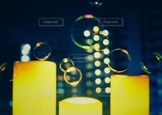 夜のジャポン玉の写真・画像素材[3607252]