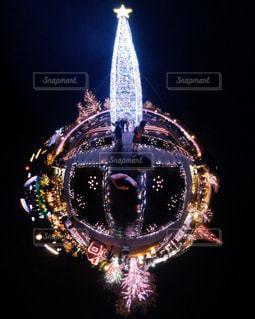 クリスマスツリーとイルミネーションの写真・画像素材[902708]