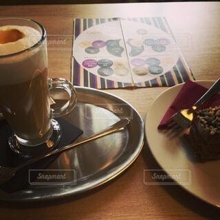 ヨーロッパのカフェの写真・画像素材[4139214]