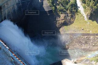ダムのアップの写真・画像素材[2941297]