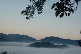 朝焼けの空の写真・画像素材[2941301]