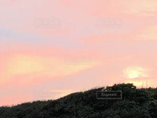 メルヘンな夕焼け空♡湘南の写真・画像素材[2968081]