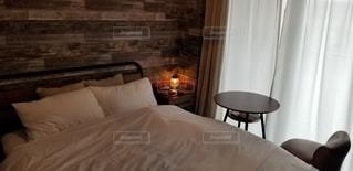 オシャレな寝室の写真・画像素材[2986841]