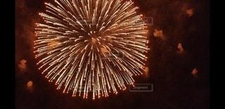大きな花火の写真・画像素材[2986931]