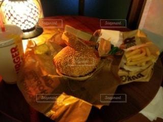 ハンバーガーの写真・画像素材[3143041]