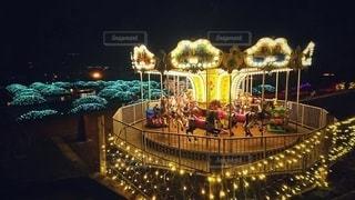 夜のメリーゴーランドの写真・画像素材[3008266]