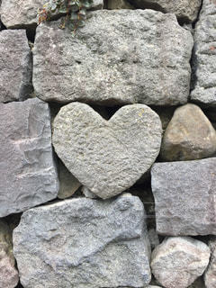 ハート石の写真・画像素材[2992584]