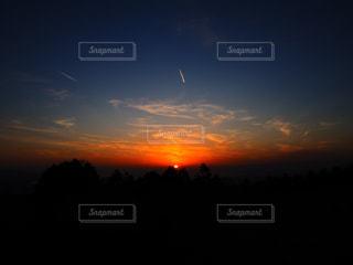 幻想的な夕暮れの写真・画像素材[2989947]
